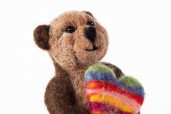 'Heartfelt Bear' by Jane Franklin - detail